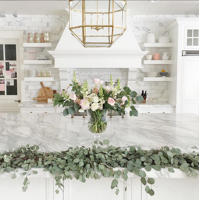 Easter Kitchen Decorating Ideas. Beautiful kitchen island Easter decor ideas. #KitchenDecor #Easter #KitchenIsland #KitchenIslandDecor Pink Peonies.