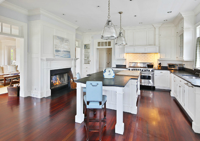 Kitchen Designs Layouts Kitchen Layout: Classic Shingle Style Home For Sale