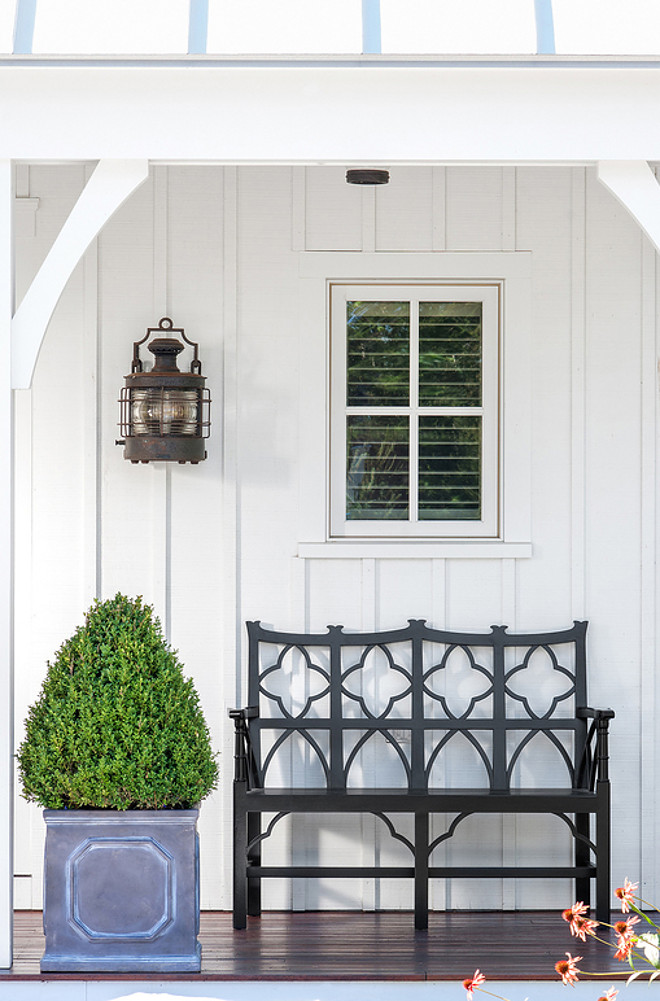 Porch Bench. Simple narrow porch with bench and planter. #Porch #Bench #Planter #Narrowporchdecor Banks Design Associates
