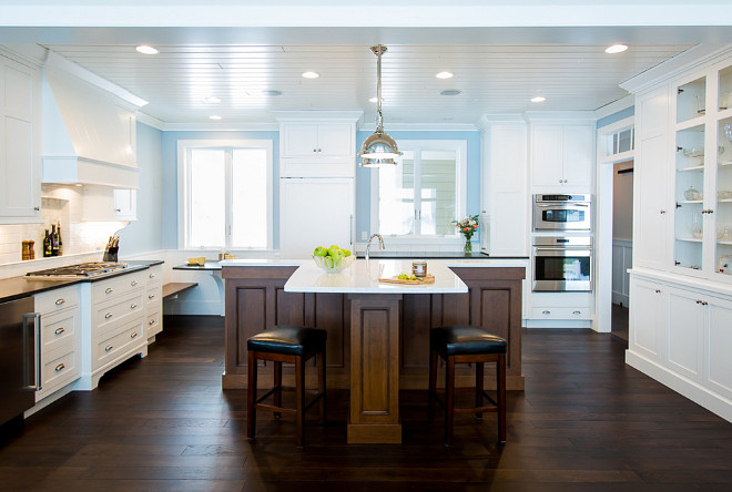 T-shaped island. Kitchen with t-shaped island. T-shaped kitchen island #Tshapedisland BAC Design Group