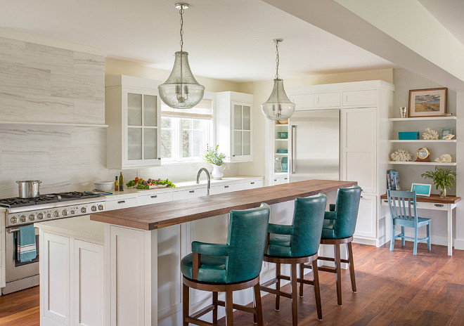Neutral Kitchen with creamy white cabinets and light neutral wall paint color. Neutral kitchen ideas. Neutral kitchen paint color. Neutral kitchen wall paint color. Neutral kitchen cabinet. Neutral kitchen creamy white cabinet. #Neutralkitchen Martha's Vineyard Interior Design
