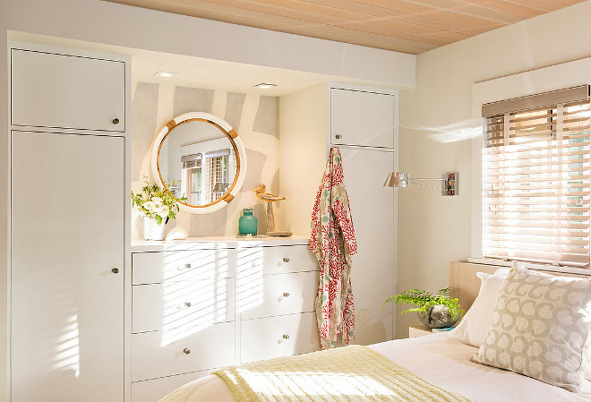 Basement Bedroom storage ideas. How to transform any room in the basement to a bedroom. Basement bedroom wardrobe layout. Basement bedroom storage. Basement bedroom built in. #Basementbedroom #BasementbedroomStorage #BasementbedroomStorageideas #Basementbedroomwardrobe #Basementbedroombuiltin Sullivan + Associates Architects.