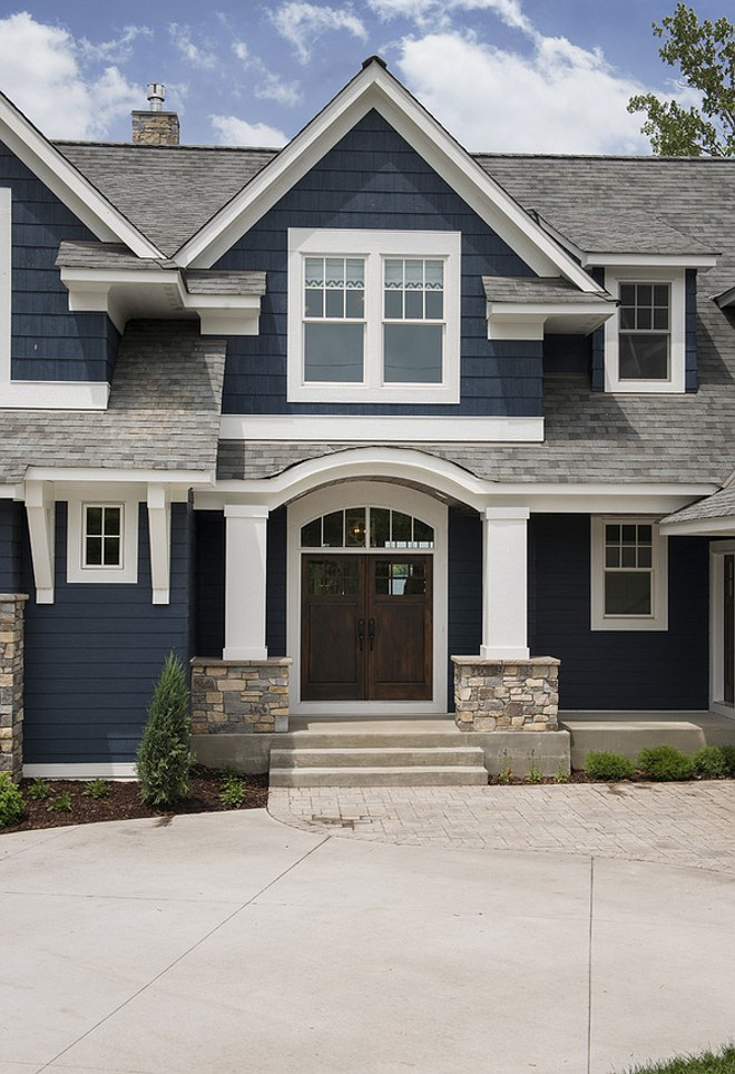 Navy exterior paint color with white trim. Navy exterior paint color is Benjamin Moore Hale Navy. Navy exterior white trim home ideas. Navy homes. Navy home Ideas. Navy home white trim paint color ideas. #Navyhomes #Navyexterior #navyhomepaintcolor #BenjaminMooreHaleNavy #Navyhomewhitetrim