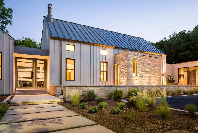 Modern Farmhouse paint color. Modern farmhouse exterior paint color. Modern farmhouse painted in Sherwin Williams Agreeable Gray. #farmhouse #modernfarmhouse #SherwinWilliamsAgreeableGray #exteriorpaintcolor #farmhousepaintcolor Olsen Studios