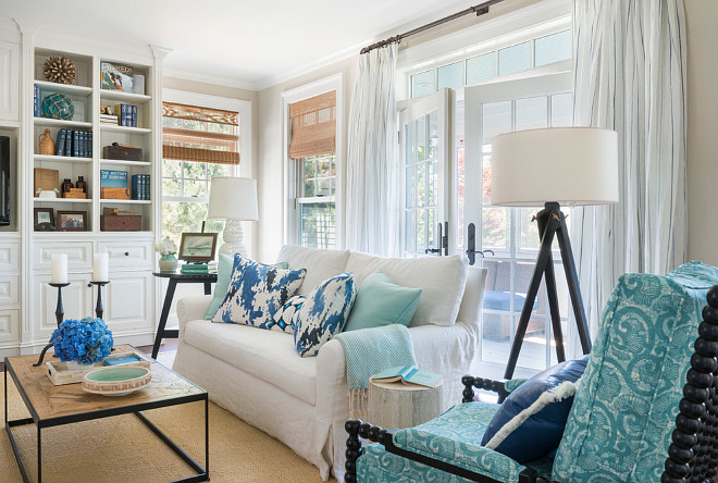 Beach style living room. Beach style living room with turquoise, cream whites and blue and white decor. Beach style living room #Beachstylelivingroom #livingroom #livingroomdecor #coastalLivingroom #homedecor Kate Jackson Design