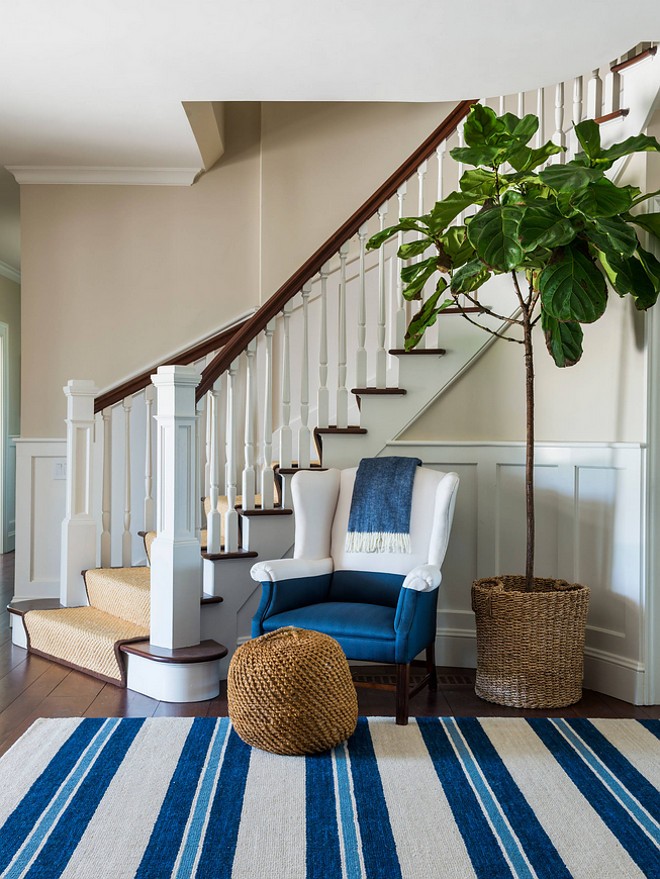 Foyer. Classically #coastal in #shinglestyle #architecture #stripes and color blocks #foyer #entrance #nautical #interiordesign Kate Jackson Design