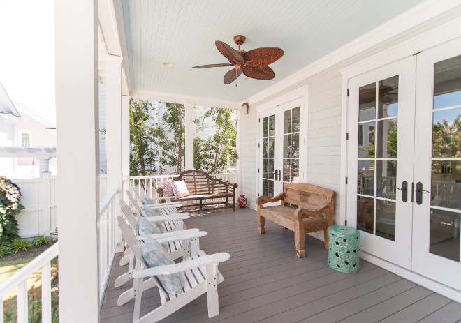 Porch Ceiling Paint Color. Porch ceiling paint color is Glidden Warm Breeze. Painted porch ceiling. Porch ceiling paint color ideas #GliddenWarmBreeze #Porchceiligpaintcolor #PorchCeiling #Paintcolor
