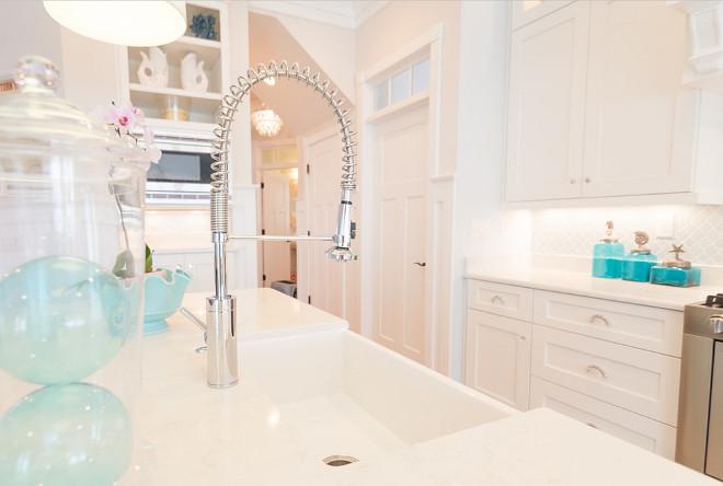 White quartz. Kitchen white quartz countertop. Kitchen countertop is cambria torquay quartz. #cambriatorquay #cambriatorquayquartz #whitequartz #kitchenwhitequartz Strickland Homes