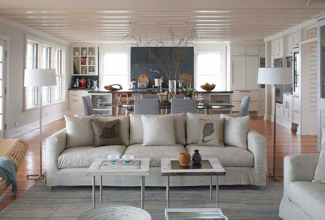 Beach style living room. Beach style living room. Beach style living room. Beach style living room with an open layout. #Beachstyle #livingroom #Beachstylelivingroom Moger Mehrhof Architects