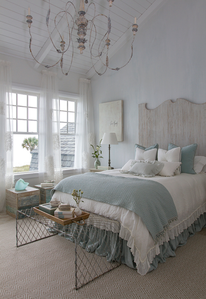 Calming paint color. Benjamin Moore OC-53 Horizon at 50% strength. Benjamin Moore OC-53 Horizon at 50% strength. Benjamin Moore OC-53 Horizon at 50% strength paint color #BenjaminMooreOC53Horizon #BenjaminMooreHorizon #BenjaminMooreOC53 #BenjaminMoore #OC53 #Horizon #BenjaminMoorepaintcolors
