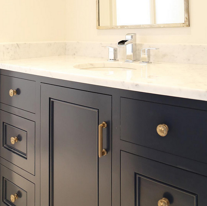 Benjamin Moore Hale Navy enamel with brass hardware. #BenjaminMooreHaleNavy #Brasshardware Old Seagrove Homes.