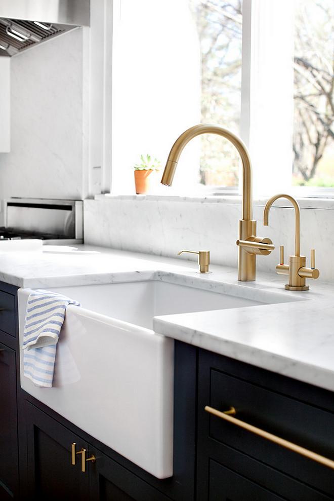 Single Bathroom Faucet Brushed Nickel
