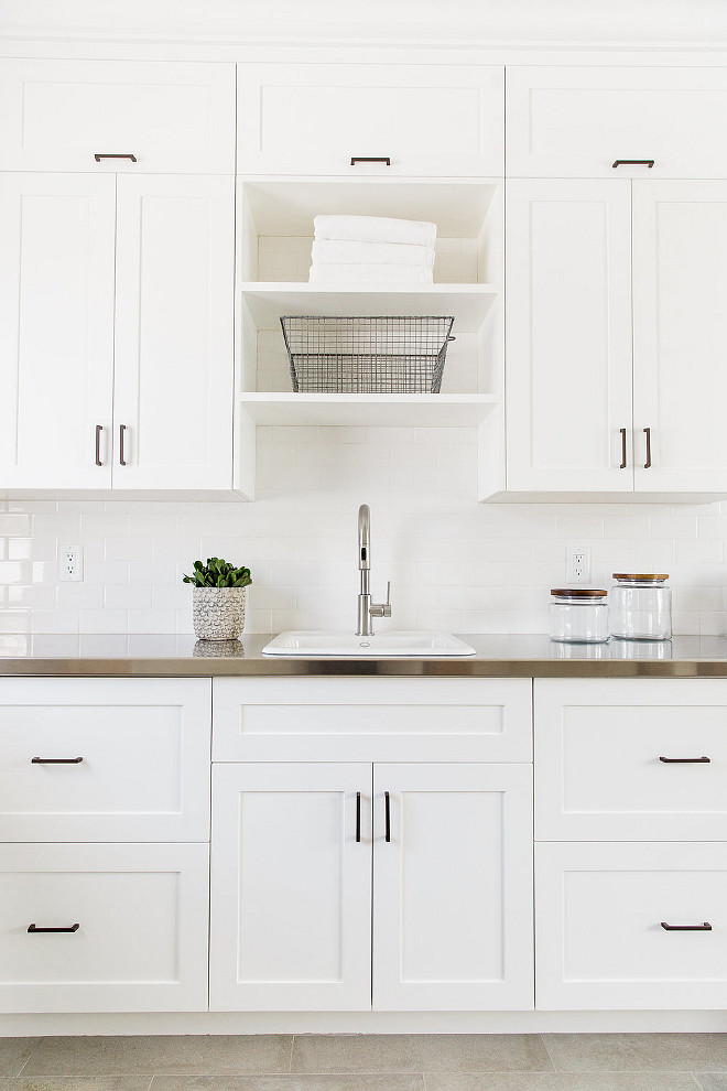 Benjamin Moore Simply White: Beautiful Homes Interior Design Ideas
