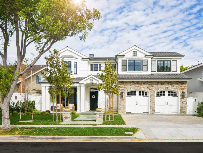 California Cape Cod Home Design - Home Bunch Interior Design ...