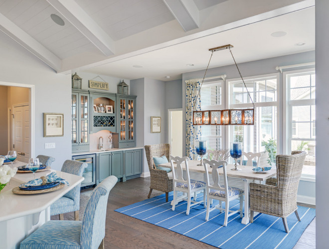 Coastal Dining Room with Blue accents. Beautiful Coastal Dining Room with Blue accents. #CoastalDiningRoom #DiningRoom #Blueaccents Schell Brothers