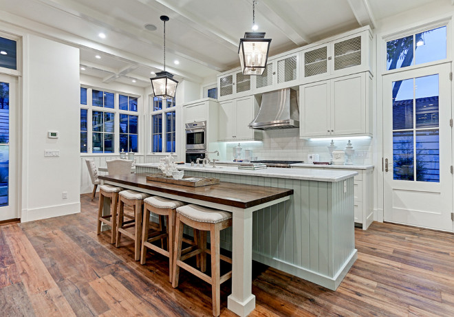 Farmhouse Kitchen with reclaimed wood floor. Farmhouse Kitchen with reclaimed wood floor ideas. Farmhouse Kitchen with reclaimed wood floor #FarmhouseKitchen #reclaimedwoodfloor David Watson Architects