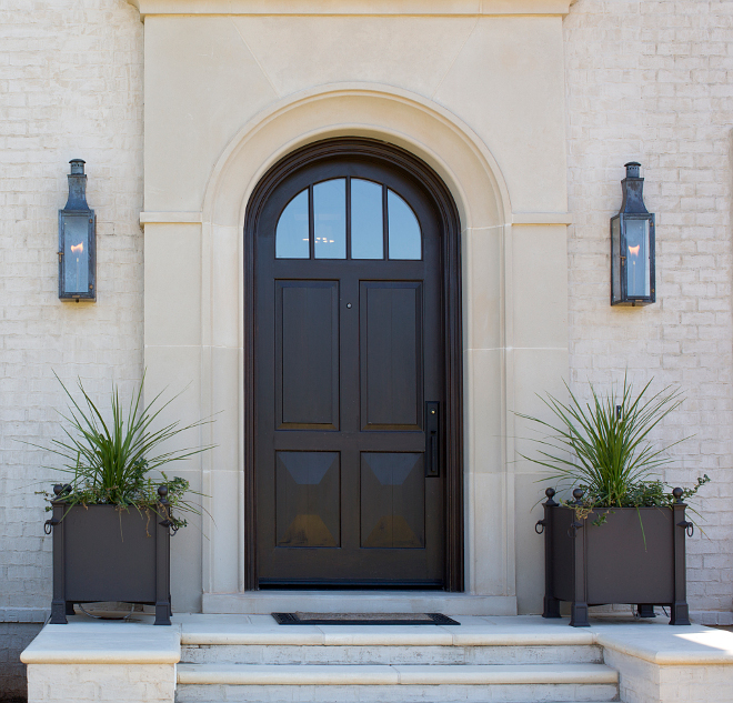 Front door lighting. Front door lighting ideas. Front door lighting. Entry lighting. The exterior lighting is by Bevolo. #entry #lighting #frontdoor #door #Doorlighting #entrylighting #exteriorlighting TS Adams Studio Architects. Traci Rhoads Interiors.