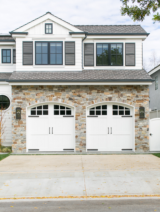 California cape cod home design home bunch interior for Cape cod garage