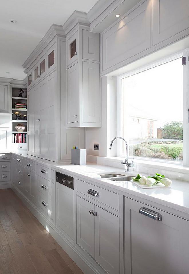 Gray kitchen cabinets. Gray kitchen cabinet Hardware. Gray kitchen cabinets with Armac Martin Hardware. #Gray #kitchen #cabinets #hardware Woodale Designs.
