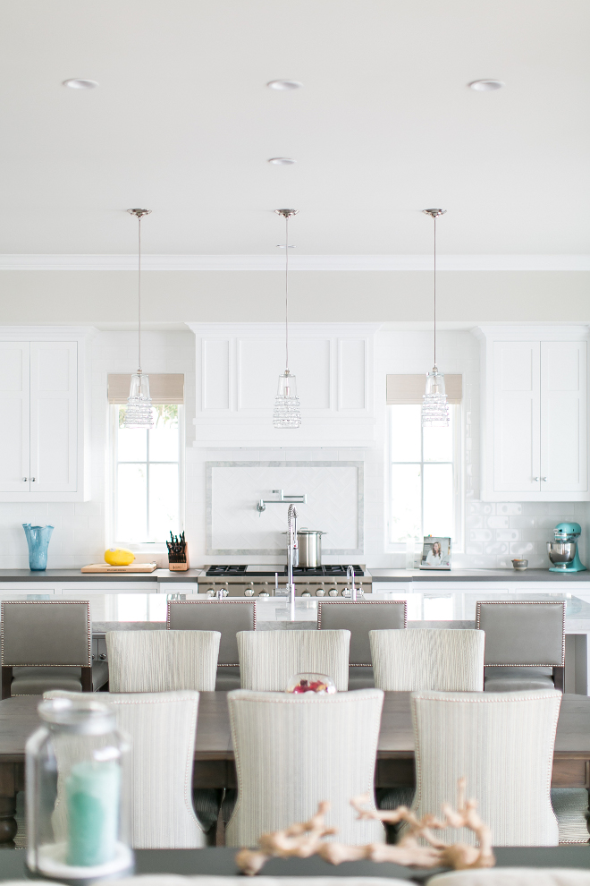 Kitchen with Grays and white color palette. Isn't this kitchen heavenly? I love how serene and crisp it feels. #Kicthen #colorpalette #grays #whites #kitchens #colors #serene Brandon Architects, Inc. Churchill Design. Legacy CDM Inc.