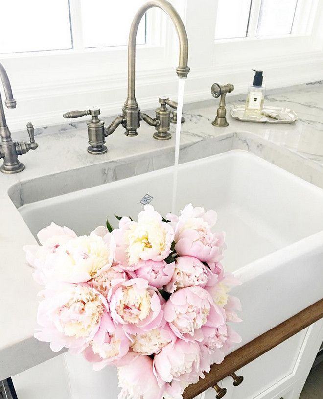 Kitchen Farmhouse Sink. Kitchen Farmhouse Sink. #Kitchen #FarmhouseSink #KitchenFarmhouseSink #Farmhouse #Sink Ivory Lane