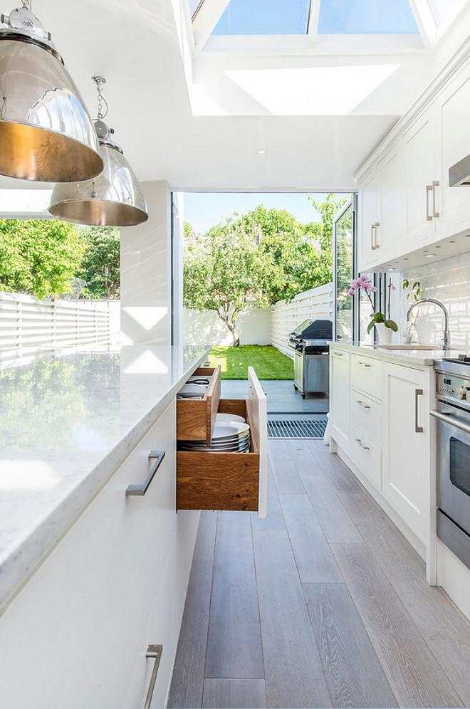 Kitchen Island. Drawers in kitchen island. Kitchen island. Kitchen island drawers are to store dishes. #Kitchenisland #kitchenislandstorage #islanddrawers CATO creative Ltd