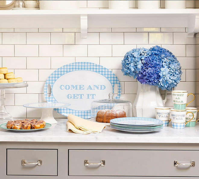 Kitchen plates and cups. Kitchen cute plates and cups to decorate kitchen island and kitchen countertop. Via  Draper James.