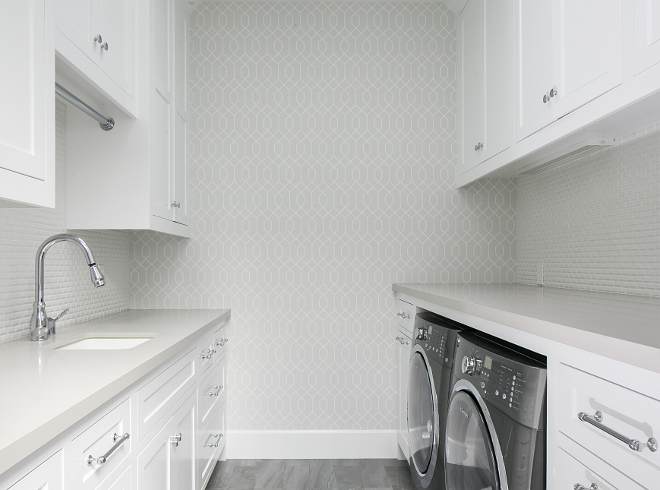Laundry room with shaker cabinets. Shaker cabinet Laundry Room. Shaker cabinet Laundry Room ideas. White Shaker cabinet Laundry Room. Shaker cabinet Laundry Room #Shakercabinet #LaundryRoom Churchill Design.