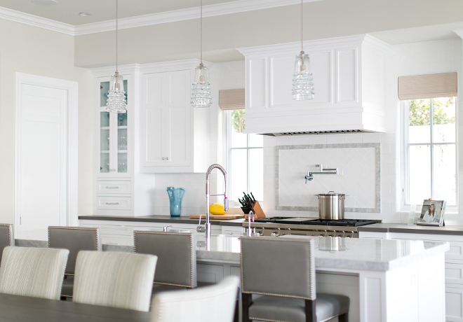 Revere Pewter Benjamin Moore Kitchen wall paint color. Kitchen wall paint color is Benjamin Moore Revere Pewter. Benjamin Moore Revere Pewter #BenjaminMooreReverePewter