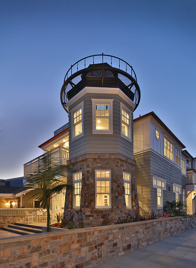 Shingles and stone beach house exterior. David Watson Architects