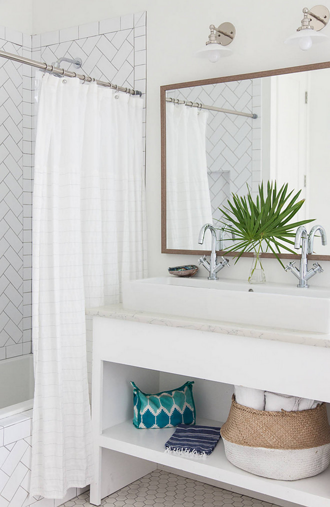 Small Bathroom with Double sink area. How to have double sink in a small bathroom. Small Bathroom. #SmallBathroom #Bathroom #DoubleSink #Sink #SmallBathrooms Crowell + Co. Interiors