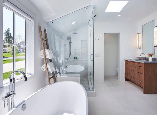 Bathroom layout. Crisp bathroom design layout. Bathroom layout #bathroom #layout #crispbathroom #bathroomlayout Martha O'Hara Interiors