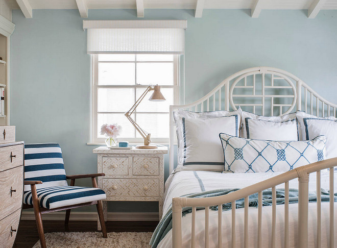 Benjamin Moore HC-147 Woodlawn Blue. The paint color is Benjamin Moore HC-147 Woodlawn Blue. Benjamin Moore HC-147 Woodlawn Blue #BenjaminMooreHC147WoodlawnBlue #BenjaminMoore #HC147 #WoodlawnBlue #BenjaminMoorepaintcolors