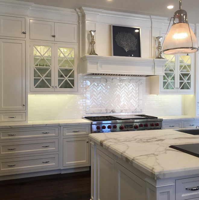 Benjamin Moore Simply White. Kitchen Benjamin Moore Simply White. We went with Benjamin Moore Simply White for the cabinet finish! #BenjaminMooreSimplyWhite Trish Steele Churchill Design