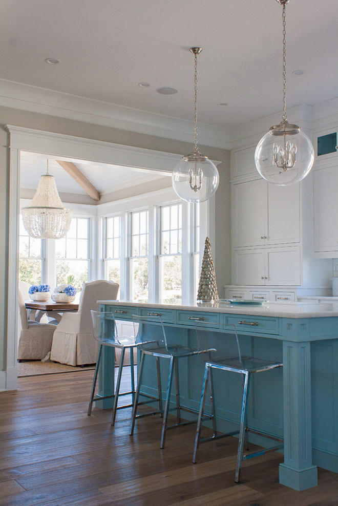 Benjamin Moore Yarmouth Blue. Turquoise island paint color Benjamin Moore Yarmouth Blue. Kitchen island paint color Benjamin Moore Yarmouth Blue. #Turquoiseisland #turquoisekitchenisland #paintcolor #BenjaminMooreYarmouthBlue
