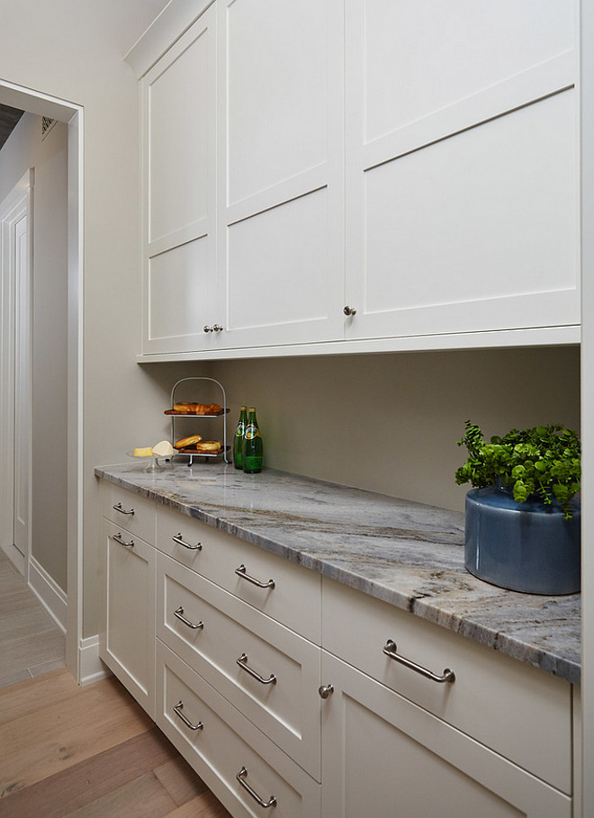 Best neutral wall and cabinet paint color for any kitchen style and any kitchen size, Wall paint color is Benjamin Moore Revere Pewter and cabinet paint color is Benjamin Moore White Dove.