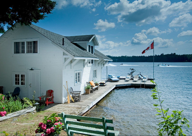 Canadian lake cottage. Rustic lake cottage in Ontario, Canada. #Canada #Lake #Cottage KellyBaron