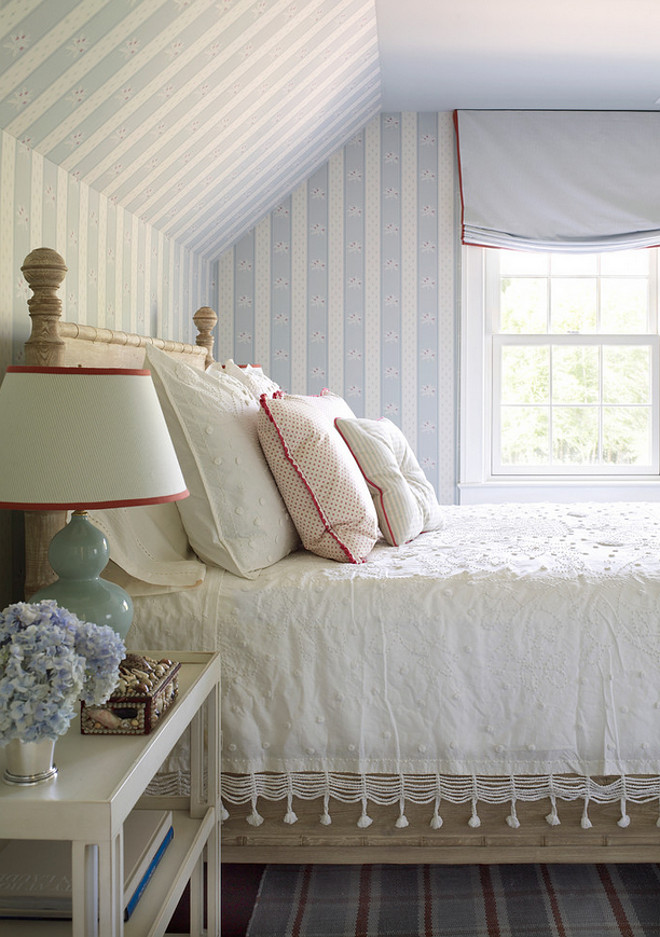 Cottage bedroom ideas. Textures and fabrics. Cottage bedroom. Cottage bedroom design. Cottage bedroom decor #Cottage #bedroom #Cottagebedroom Phoebe Howard