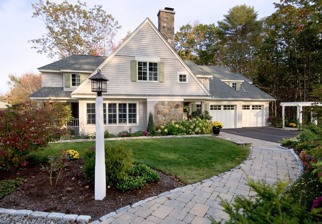 Curb appeal. Front of home. Front yard curb appeal. How to add curb appeal to your home. Curb appeal. Homes. #Curbappeal #frontyard Bowley Builders