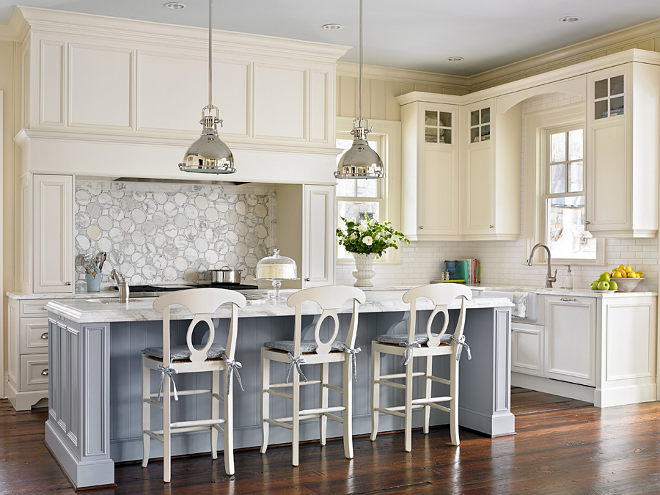 Family Home With Timeless Traditional Interiors Home Bunch Interior Design Ideas