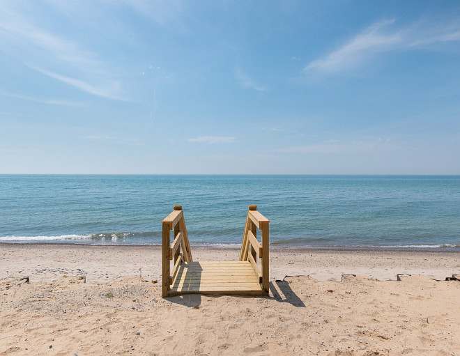 Lake Michigan Beach House. Gorgeous Lake Michigan Beach House right on the water. #LakeMichigan #BeachHouse