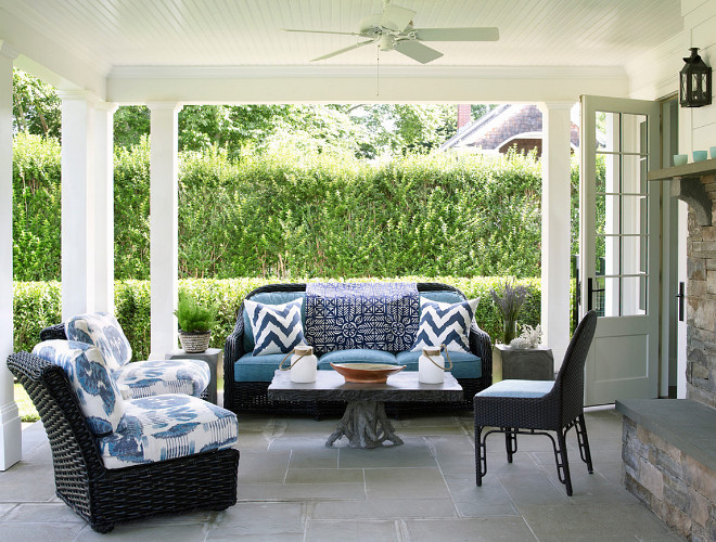 Porch furniture with blue and white outdoor fabric. Classic Porch furniture with blue and white outdoor fabric #Porchfurniture #blueandwhite #outdoorfabric Phoebe Howard