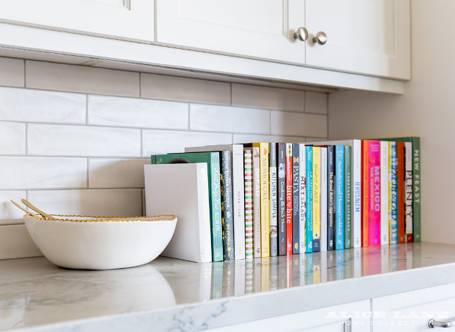 Recipe Books on countertop. How to display recipe books in your kitchen. You don't need to have a specific place for your recipe books. Placing them on the counter brings color and beauty to your kitchen. Recipe Book on Countertop. Displaying recipe books. #Kitchen #RecipeBooks #countertop #displayingrecipebooks
