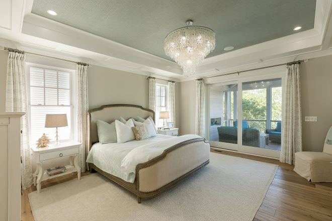Tray ceiling with wallpaper. Master Bedroom tray ceiling with wallpaper. The ceiling features a wallpaper in a sea salt colored grass cloth. Wallpaper is Thibaut – Raffia in Teal. Ceiling wallpaper. Tray ceiling with wallpaper. #Trayceiling #wallpaper #ceilingwallpaper #trayceilingwallpaper The Guest House Studio
