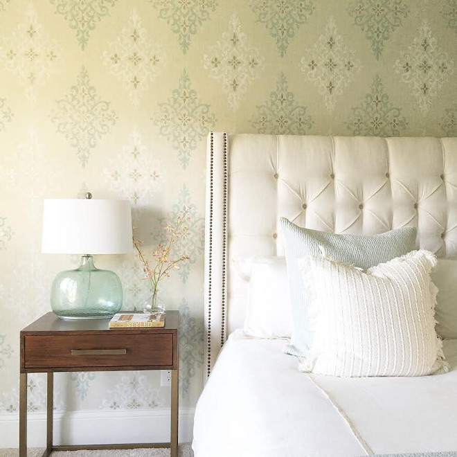 Bedroom wallpaper. Bedroom wallpaper is Nina Campbell. #NinaCampbell #wallpaper #bedroom Beautiful Homes of Instagram carolineondesign