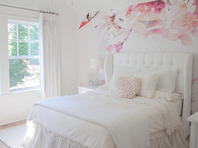 Girls bedroom. Wallpaper is from Anewall Decor. Neutral Girls bedroom. Neutral Girls bedroom design. Neutral Girls bedroom paint color. Neutral Girls bedroom ideas. #NeutralGirlsbedroom #Girlsbedroom jshomedesign
