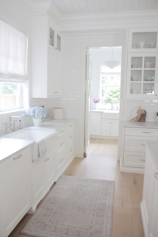 Kitchen opens to pantry. White kitchen opens to white pantry. Kitchen opens to pantry. Kitchen pantry. Kitchen opens to pantry #Kitchenopenstopantry #kitchen #pantry #kitchenpantry #kitchens