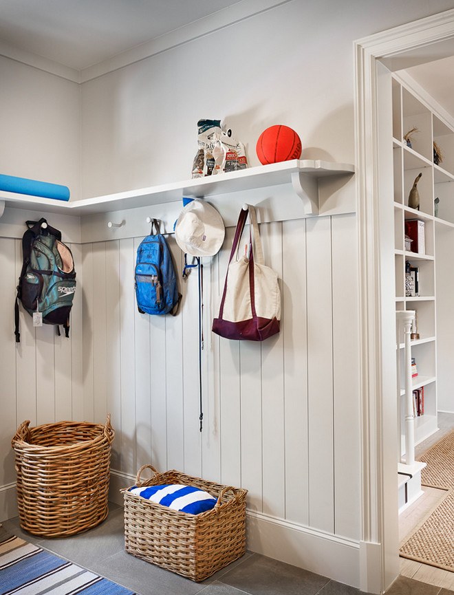 Mudroom shiplap wainscoting. Mudroom shiplap wainscoting ideas. Mudroom shiplap wainscoting walls. #Mudroom #shiplap #wainscoting #Mudroomshiplap #shiplapwainscoting