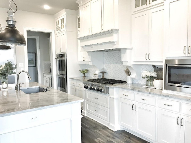 Beautiful homes of instagram home bunch interior design for Black white and gray kitchen ideas