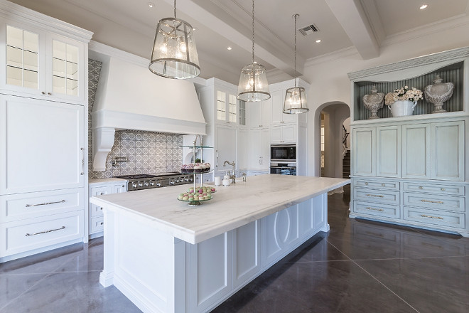 Transitional kitchen. Classic Transitional kitchen Ideas. Transitional kitchen. Transitional kitchen #Transitionalkitchen Candelaria Design Associates